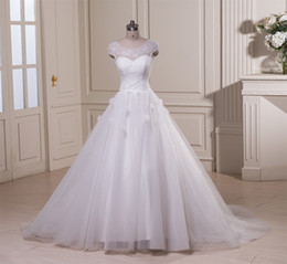 $enCountryForm.capitalKeyWord NZ - Real Photos Elegant A-line Scoop Capped Sleeve Wedding Dress Lace Tulle Appliques Bridal Gown Hand Flower on the Skirt Chapel Train