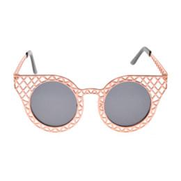 2016 Cateye Points Oculos De Sol Brand Designer Cat Eye Women s Sunglasses  Women Circle Hollow Out Sun Glasses 833 Fonex 033b62794f