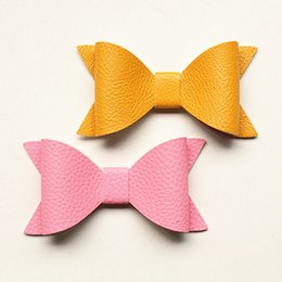 China 10*5cm NEW Imitation Leather Big Size Bows Design Kids Hairpins Handmade Aritificial Felt Kids Hair Clips Lovely Bowknot Hair Accessories cheap handmade felt hair accessories suppliers