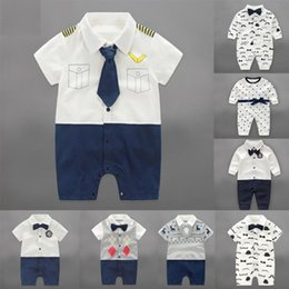 Wholesale free fedex clothes for sale – halloween 2016 New Cotton Romper Boys Climb clothes styles Bady gentleman clothing For kids Christmas birthday gift Free DHL Fedex TNT