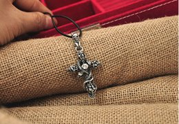 Gothic Necklace Cross Canada - Gothic Men's Snake Cross Skeleton Skull Stainless Steel silver tone leather chain Pendant Necklace Free shipping