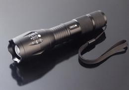 Precio más bajo, UltraFire T6 CREE XM-L T6 2000Lumens Antorcha de alta potencia Zoomable LED linterna en venta