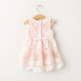Vestidos De Encaje Para Bebés Rosa Baratos-Everweekend Kids Girls Lovely Sweet Pink Color Princess Summer Lace Dress Bordado Flores Bow Vestido de la manera del bebé