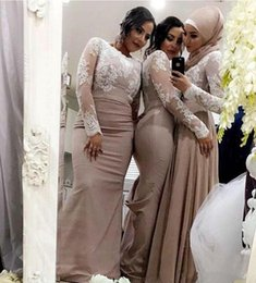 Barato Vestidos Muçulmanos Brancos-Champagne Mermaid Bridesmaid Dresses With White Lace Mangas compridas Muslim Arab Wedding Guest Dress Custom Made Special Occasion Dress