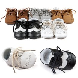 tied shoes 2019 - baby shoes 0-1 years old Infants Soft bottom skid Baby Tie First Walkers Shoes Toddler shoes Baby cloth shoess discount