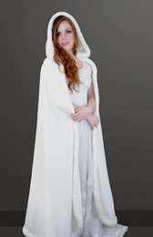 Cape De Mariée D'hiver À Bas Prix Pas Cher-Hot Sale Cheap Velvet Hooded Cloaks Winter Wedding Capes Différentes couleurs Wicca Robe Warm Christmas Long Wraps nuptiales S-6XL Fast Shipping