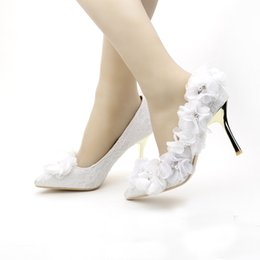 China Pointed Toe Wedding Shoes Fashion White Red Lace Bridal Shoes Beautiful Flower Thin Heel Lady Shoes Women Zapatos Mujer Pumps cheap ladies beautiful pumps suppliers