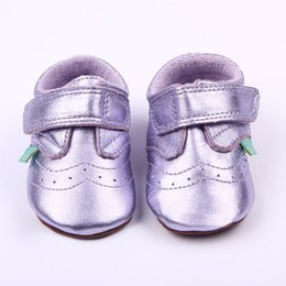 Barato Sapatos Prewalker Grossista-New Arrival Wholesale Toddler Girl Shoes Genuine Leather Purple Soft Sole e palmilha de algodão Hookloop Prewalker Shoes