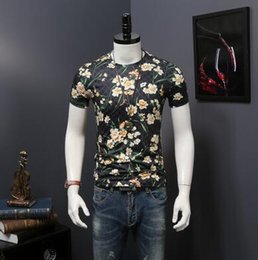 Barato Moda Masculina Design Casual Camisas-16528 Fashion Design Brand Men's Casual Cotton Floral manga curta T Slim com etiquetas M-2XL