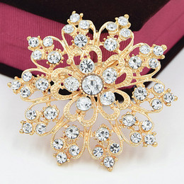 $enCountryForm.capitalKeyWord Canada - Luxury Fancy Gold Tone Sparkling Clear Crystals Women Wedding Bridal Bouquet Big Heart Flower Brooch Exquisite Diamante Lady Brooches