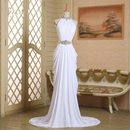 Barato Trem De Fenda De Vestido Branco-2018 Halter Decote Beading Sash Sheath Cutout Side White Chiffon Ruched Slit Prom Dresses com trem Evening Gown Cheap Customized Made