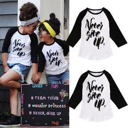 $enCountryForm.capitalKeyWord Canada - high quality fashion boys girls tshirt Organic Toddler Kids Boy Girl Long Sleeve Tops Never give up funny letters printed Tees Clothes 1-6Y