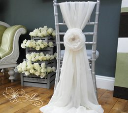 $enCountryForm.capitalKeyWord Canada - Custom Made 2016 Feminine Ivory Chiffon Chair Covers 3D Flower Crystal Chair Sashes Romantic Wedding Decorations Wedding Supplies