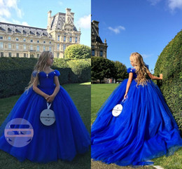 Niña Vestidos Reales Baratos-2018 Off Sweep Sweep Train Flower Girls Dress Cenicienta Royal Blue Little Girls Primera comunión Cumpleaños Vestidos del desfile