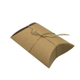 PaPer twine online shopping - 1000Pcs New Style Kraft Pillow Shape with Burlap Chic Vintage Twine Wedding Favor Gift Box Party Candy Box Wholesales ZA0972
