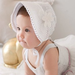 Sombreros Blancos Del Gorrito Del Bebé Del Algodón Baratos-Sweet Princess Hollow Out Baby Girl Hat Gorro con cordones de verano Rosado / Blanco Cotton Bonnet Enfant for 0-12M A8414