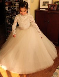 kids party wear gown dress 2019 - 2016 Princess Vintage Lace Flower Girl Dresses for Wedding Long Sleeve Child Birthday Party Wear Floor Length Tiers Tull
