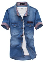 Hommes Denim Coréens À Manches Courtes Pas Cher-Gros-2016 Summer Hommes Denim Shirt manches courtes, Chemise en chambray Collar Button Up à double poche de vêtements de style coréen