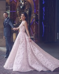 Robes De Robes De Bal Rose Femme Pas Cher-Blush Pink Lace Women Robes de soiree formelle Robe de bal sur jupes sans manches Tulle 2017 Robes de robe a la belle et belle arabe