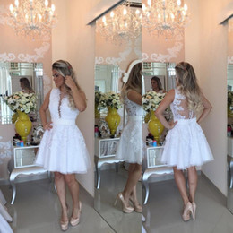 Barato Vestidos Brancos De Graduação De Baile-Sexy White Pearls Homecoming Vestidos 2017 Applique Lace Tulle Short Prom Vestido Semi Vestidos Formal 8th Grade Graduation Dresses Party