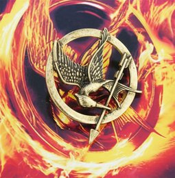 Hunger games online shopping - Antique Gold Bronze Plated Pin The Hunger Games Mockingjay Pin Inch Bird and Arrow Pin Brooch YC2110