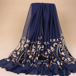 Cashew Hijab Shawl Canada - Fashion embroidery cotton cashew floral bohemian shawls hijab summer muslim wraps kerchief long scarves scarf 10 color 180*90cm