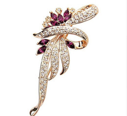 china flower brooches UK - Crystal Flower Brooch Lapel Pin Fashion Rhinestone Jewelry Women Wedding Hijab Pins Large Brooches For Women Free Shipping