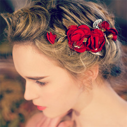 vintage flower wholesale headbands Canada - Vintage Wedding Bridal Red Rose Flower Headpiece Hair Accessories Clip Princess Crown Tiara Headband Comb Gold Leaf Jewelry Wholesale Pins
