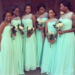 Barato Vestido Verde Preto Um Ombro-Mint Green Bridesmaid Dresses 2016 Plus Size Sheer One Shoulder Tulle and Chiffon Wedding Party Gowns para Black Girl África do Sul