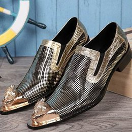 flat stage shoes Canada - Personalized Men Leisure Boat Shoes Fashion Designer Metal Toe Charm Slip On Glitter Shoes For Man Party Stage Show Zapatillas