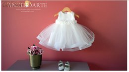 $enCountryForm.capitalKeyWord Canada - New Brand Lace Wedding Party Formal Flower Girls Dress Sleeveless Children Baby First Communion Pageant Dresses with Bow For 2-10Y