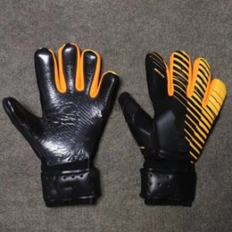 Le nouveau SGT Gants de gardien de but Latex Football Football Latex Gants de football professionnels Nouveau Gants Soccor Ball
