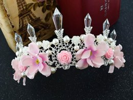 gold pans NZ - Bride Crown Bride Jewelry Pan Nuo Si head of the flower pearl crystal pillar crown