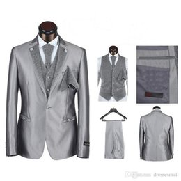 custom make clothes Canada - New Arrival Three Color For Man Clothes Groom Tuxedos And Groomsman Suit Custom Made Man Suit(jacket+pants+vest+tie)