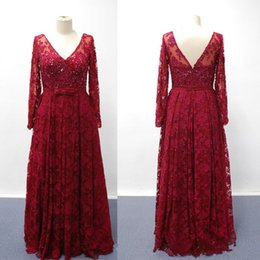 Vintage Lace Mother of Bride Groom Dresses V Neck Long Sleeve Beads Floor  Length Evening Wear Gowns Dark Red A-Line Mothers Dress fdb7f2ccbc8e