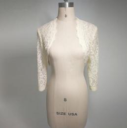 9c4dd4bdb3 Barato Branco Marfim Lace Nupcial Boleros Jaquetas de Casamento para As  Mulheres de Noiva Manga Comprida Cropped Envoltório Shrug para o Vestido de  Noite