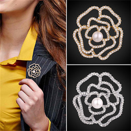 Flower Design For Brooches NZ - U7 Jewelry Flower Brooch Hollow Rose Design With Luxury Austrian Rhinestone Synthetic Pearl Vintage Brooch Pin For Women B2733