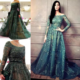 Barato Vestido Longo De Lantejoulas-Dark Green Sequins Beaded Prom Dresses 2018 Sheer Long Sleeves Evening Gowns Arabian Saudi Sweep Train Dubai Formal Party Dress Mulheres Vestido