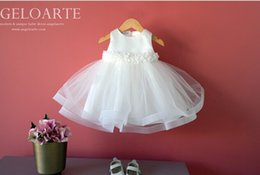 $enCountryForm.capitalKeyWord Australia - White Wedding Party Formal Flower Girls Dress Sleeveless Children Baby First Communion Pageant Dresses with Bow For 2-10Y
