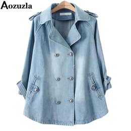 Barato Casaco De Pêlo Duplo-Atacado- New 2017 Outono Inverno Casacos Plus Size Denim Cape Jacket Mulheres Outwear 3/4 Sleeve Turn-down Collar Double Breasted Jeans Coat