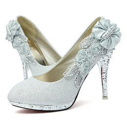 Barato Sapatas Do Salto Alto De Cinderella-Salto Alto 10CM casamento Evening Bridal Party Cinderela Calçados Mulheres Bombas falsificados Crystal Rose Flor 2016 New Fashion Shoes