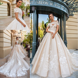 $enCountryForm.capitalKeyWord NZ - 2018 Stunning Light Chamapgne Wedding Dresses with Detachable Bolero Sweetheart Full Embroidery Cathedral Train Bridal Gowns Custom Made