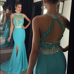 Barato Halter Alto Pescoço Noite Vestidos-2016 Sexy Turquoise High Slit Sexy Prom Vestidos Halter Neck Crystal Applique Blue Evening Gowns Sexy Backless Party Celebrity Dresses