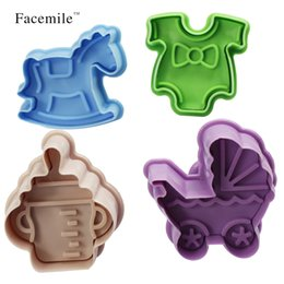 Discount cutters press cookies - Wholesale- 4PCS  set 3D Plastic Bottle shape and Trojans Cookies Cutter Spring Pressing Mould Cake Decorating Tools 0306