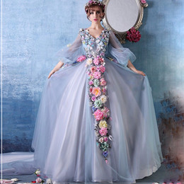 $enCountryForm.capitalKeyWord Canada - 2018 New Model Short Sleeves V Neck Wedding Gowns With Hand made flowers Tulle A Line Chapel Train Bridal Dresses