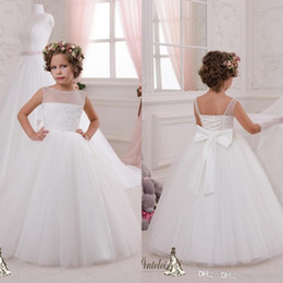 $enCountryForm.capitalKeyWord Canada - 2016 Hot Sale Cheap Ball Gown Junior Flower Girl Dresses White Tutu Sheer Bateau Pearls Lace Bow Corset Kids Party Birthday Communion Gowns