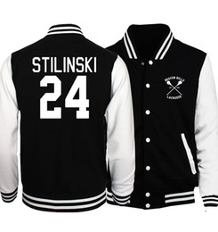 Veste De Baseball Pas Cher-Vente en gros- 2017 Printemps Chaud Hommes Manteau Loup Adolescent Stilinski 24 Vestes de baseball Hommes Hoodies Le Flash S.T. A. R. Labs Survêtement Star Jacket