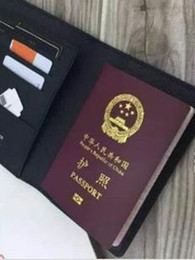 $enCountryForm.capitalKeyWord NZ - Europe and the United States brand PASSPORT COVER travel accessory famous designer with card holder high quality wallet bag purse Send box