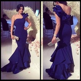 desing fashion 2018 - New Desing 2017 Trumpet Mermaid One Shouder Royal Blue Evening Dresses With Ruched Train Sexy Backless Dresses Party Eve