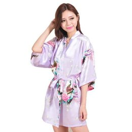 Barato Vestes De Quimono Curto-Atacado- Top Quality Lavender Peacock Pattern Design curto Wedding nupcial Kimono Robe Cetim Lady Night Dress Vestido Women Nightgown